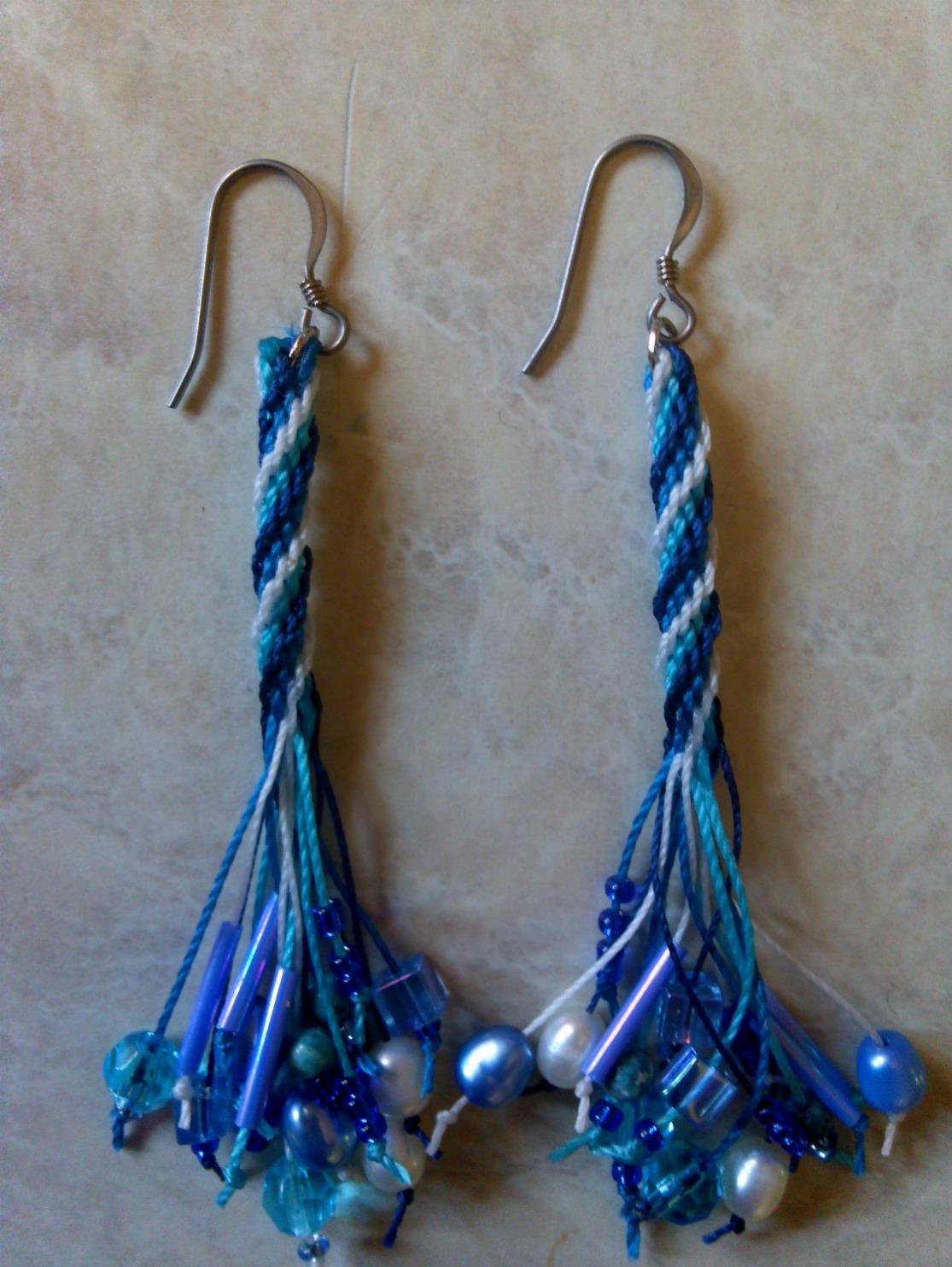 Earrings in online shopping 2014
